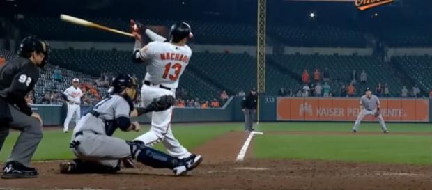 Machado hitting a home run in 2017 - image - MVPFLF / Youtube