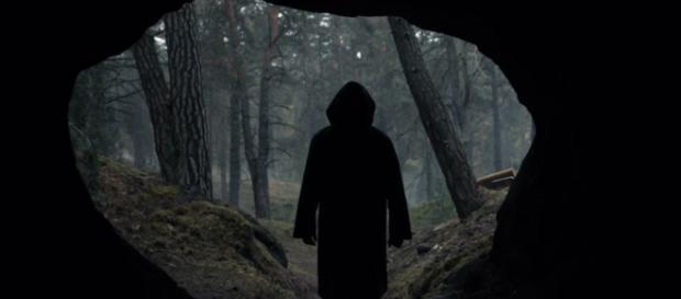 Na série há um portal que leva para outras épocas