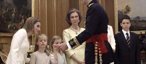 A la reina Sofía no le dejan ver a las hijas de Felipe VI