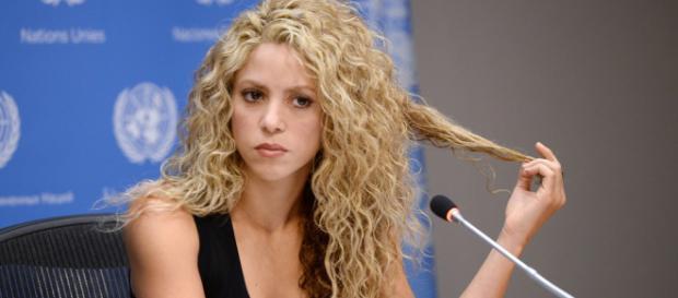 Shakira durante uma coletiva de imprensa em 2015.