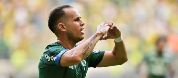 Venezuelano Guerra é um dos alvos do Fluminense para 2018 (Foto: Globo.com)