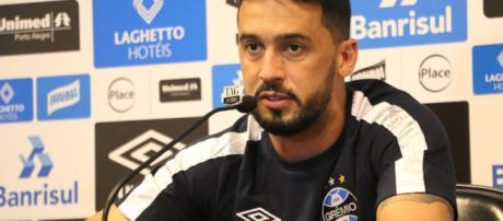 Edílson não quer que Grêmio mude sua maneira de atuar