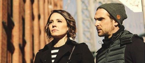 Benjamin e Zoe formam o casal protagonista da novela 'Apocalipse'