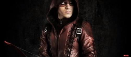 Roy Harper is Returning for a Multiple Episode Arc Confirmed! - Arrow Season 6 [Image Credit: The Black Lion/YouTube screencap]