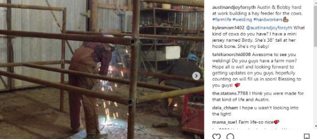 Austin Forsyth and Bobby working - Counting On - Image credit austinandjoysorsyth | Instagram