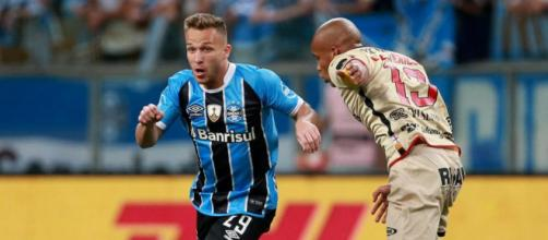Barcelona issue apology to Gremio after starlet Arthur snapped in ... - thesun.co.uk