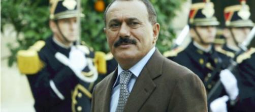 Esta foto de archivo tomada el 18 de noviembre de 2006 muestra al ex presidente yemení Ali Abdullah Saleh