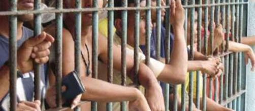 Prisioneiros serão liberados para o Natal