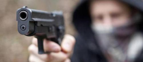 Sgominata banda di rapinatori a Milano