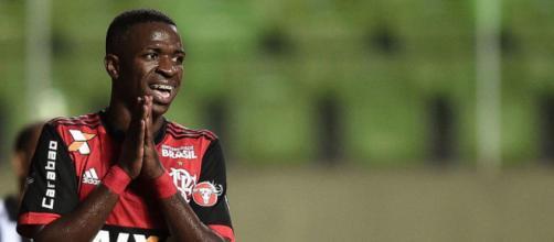 Vinicius Jr atuando pelo Flamengo (foto reprodução)