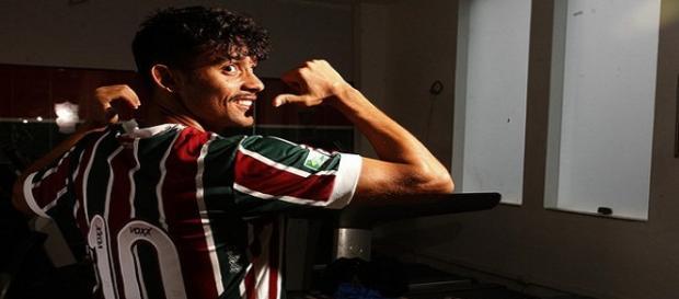 Camisa 10 do Fluminense, Gustavo Scarpa é desejado por clubes paulistas (Foto: Site Oficial do Fluminense FC)