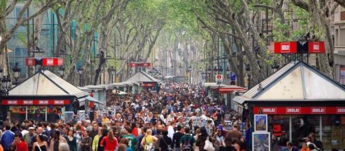 El Paseo La Rambla, en Barcelona, Cataluña, España. - clarin.com