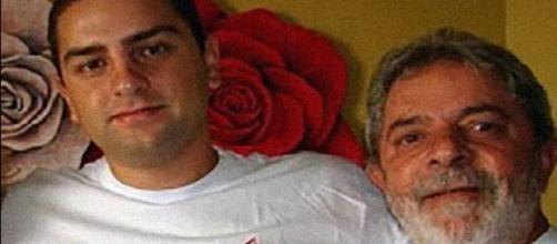Ex-presidente Lula e o filho Lulinha