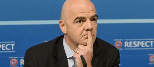 Il presidente della FIFA, Gianni Infantino, sotto accusa per questioni legate allo scandalo del calcio turco del 2011
