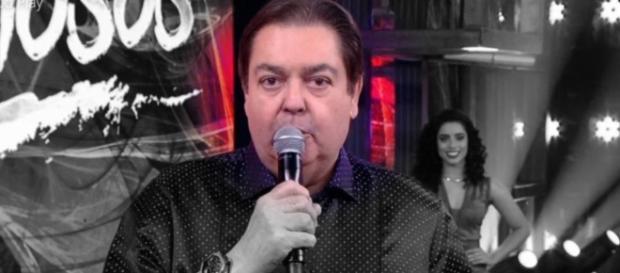Faustão se revolta com musiquinha da Globo