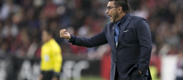 Mohamed podría dejar de ser técnico del Monterrey