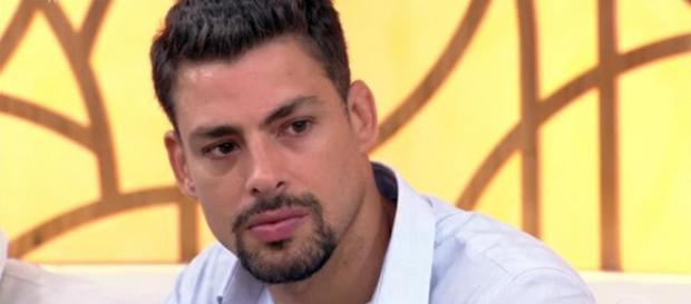 Personagem de Cauã Reymond em minissérie, causa mal-estar e faz ator ganhar inimigos na Globo. (Foto Reprodução).