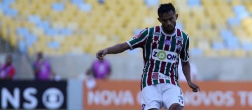 Alvo de clubes paulistas, Gustavo Scarpa pode permanecer no Fluminense no início de 2018 (Foto: Portal Tabelando)