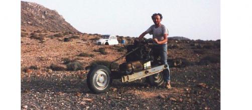 Emily Larey e il cammello del deserto
