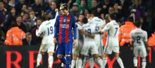 El Real Madrid tiene que la última oportunidad de engancharse a LaLiga en el partido contra el F.C.Barcelona EL PAÍS - elpais.com