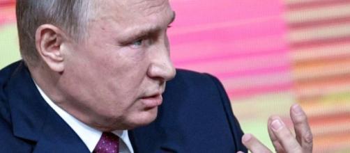 Poutine se défend de vouloir écarter l'opposition pour son premier ... - liberation.fr