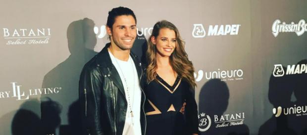 Luca Onestini e Ivana Mrazova del Grande Fratello Vip felici e sorridenti a un evento benefico