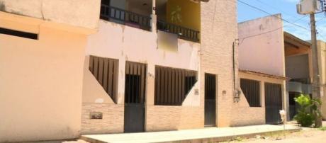 Apesar do ataque do filho, idosa que foi jogada pela varanda sobreviveu. (Foto Reprodução).