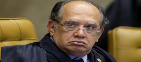 Ministro do STF, Gilmar Mendes concede liminar que suspende a condução coercitiva para interrogatório