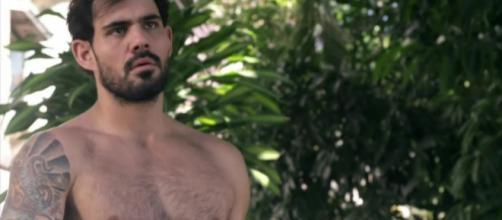 Ator Juliano Cazarré, da Rede Globo