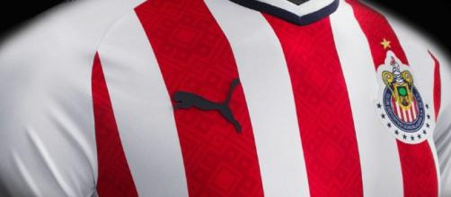 Chivas de Guadalajara 2017/18 PUMA Home and Away Jerseys ... - footballfashion.org