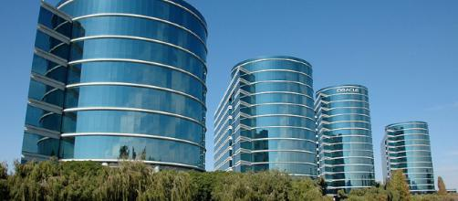Oracle HQ in Redwood City [Image Credit: Tim Dobbelaere/Wikimedia Creative Commons]