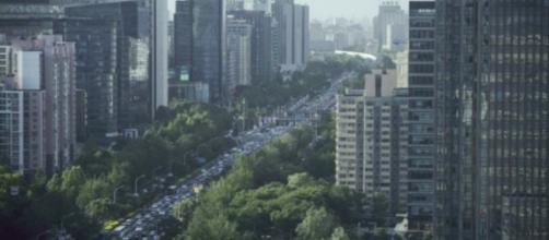 """Pero el Ministerio de Finanzas de Pekín rechaza la evaluación y dice que Moody's utilizó un método """"inapropiado"""" para evaluar los riesgos."""