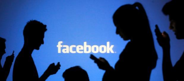 """Facebook, arriva l'opzione """"snooze"""" per addormentare e silenziare gli amici noiosi"""