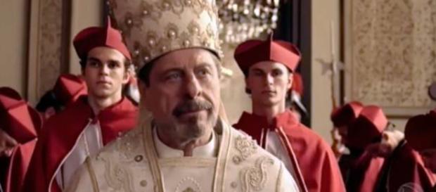 Flávio Galvão é o sacerdote Stefano Nicolazzi em Apocalipse