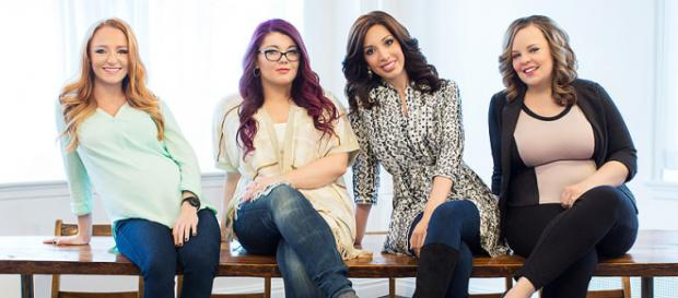 Maci, Amber, Farrah, and Catelynn pose for 'Teen Mom OG' cast photo. [Photo via MTV]