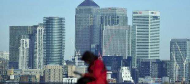 MONEY MAGNET. El distrito financiero de Canary Wharf se ve en el este de Londres el 6 de marzo de 2017.