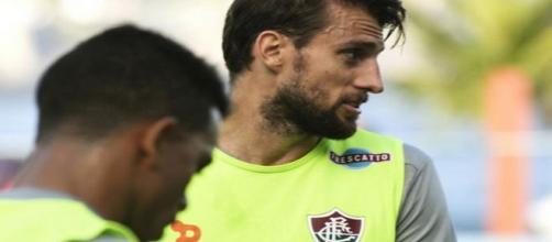 Henrique pode se transferir do Fluminense para o Corinthians em 2018