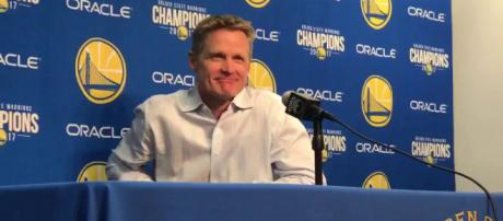Steve Kerr makes a sarcastic comment about the Cavs (Image Credit: MLG Highlights/Youtube screencap)