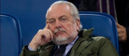 Il presidente De Laurentiis avrebbe in mente un colpo di mercato dopo la bruciante sconfitta contro l'Atalanta - positanonews.it