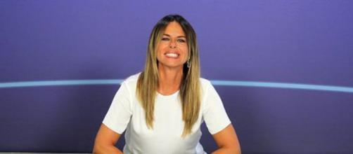 Paola Perego abbandona Instagram dopo la lite con Mara Venier - today.it