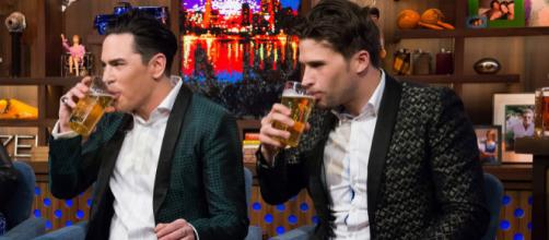 Tom Sandoval and Tom Schwartz appear on 'Watch What Happens Live.' [Photo via Bravo/YouTube]