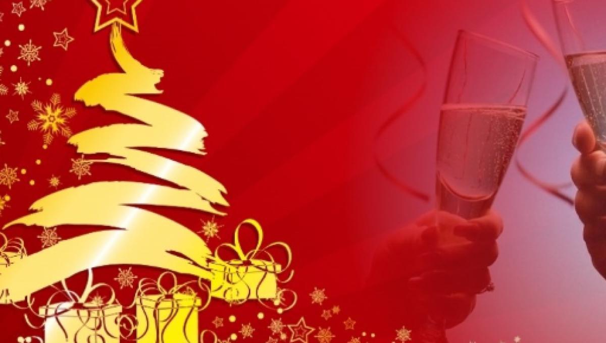 Frasi Natale E Buon Anno.Frasi D Auguri Buon Natale 2017 Sms Status Facebook E Whatsapp