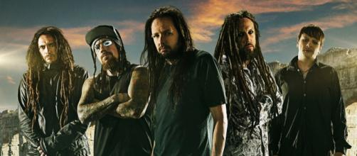 La famosa banda musical. - spin.com