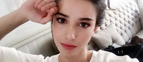 L'attrice turca Ozge Gurel ritornerà sugli schermi televisivi italiani.