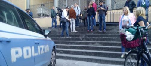 Venduti dalle ambulanze alle agenzie funebri: indaga la procura di Catania