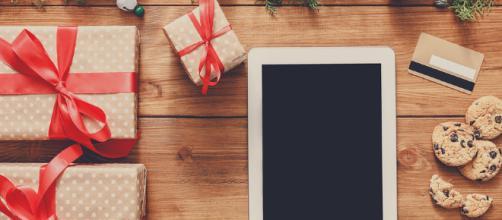 Vendas aumentam no final de ano com datas festivas de Natal e Réveillon