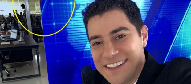 Evaristo Costa surpreende, volta para bancada de jornal e internet repercute