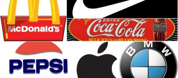 Logo Compilation - Images courtesy of Clker-Free-Vector-Images(2), bernardsie, DWilliams, mohamed_hassan, grafikacesky on PixaBay
