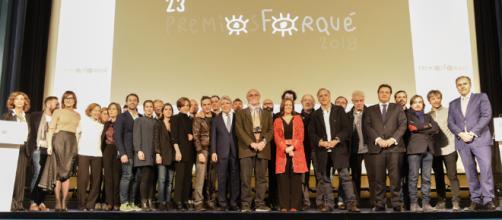Carlos-Saura-junto-a-los-nominados-premios-Forqué-2018