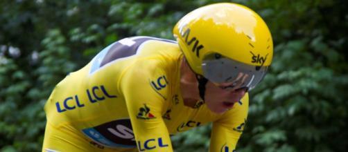 Chris Froome in maglia gialla al Tour de France